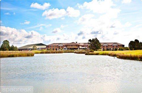 Crowne Plaza Five Lakes